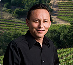 Shafer winemaker Elias Fernandez