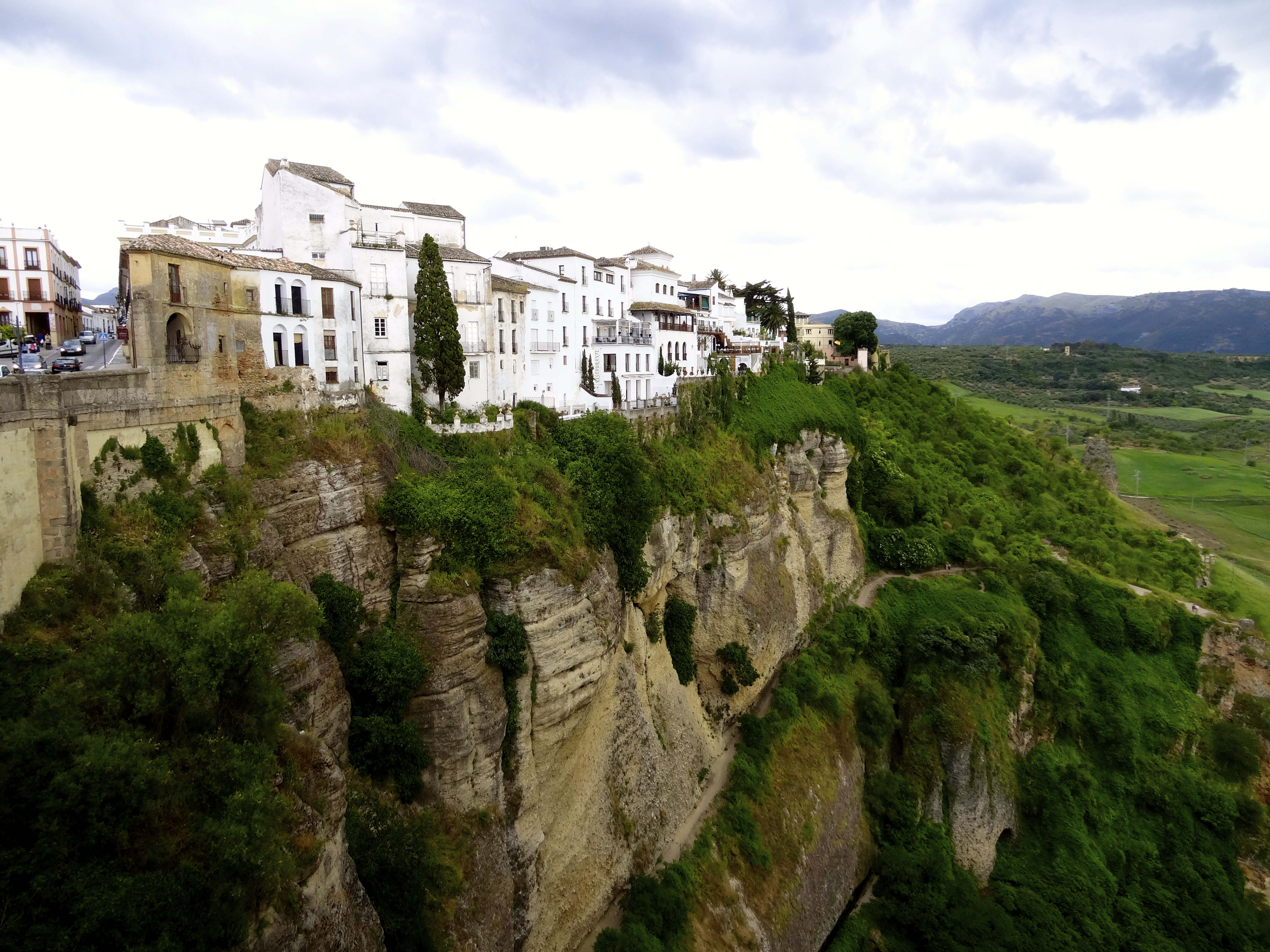 The White Hill Towns of the Andalucia  lifebylyle